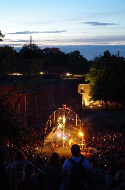 Cia. Estampades (Spania), Enfila S.A. - Gateteaterfestival FETA i Gdansk