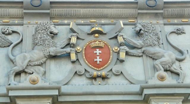 Høylandsporten med byvåpen av Gdansk. Historisk reise til Polen. Pakkereiser til Gdansk – Hit The Road Travel