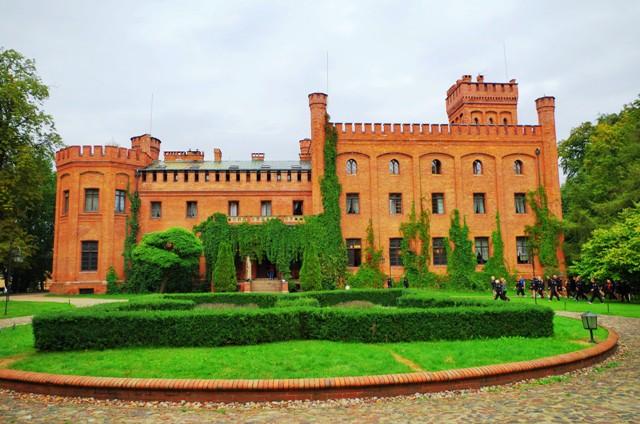 Slottet i Rzucewo, Polen. Bussreiser til Polen – Hit The Road Travel