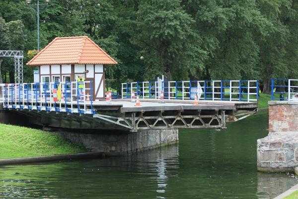 Svingebru i Gizycko, Polen. Bussturer til Polen – Hit The Road Travel