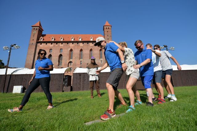 Teambyggende aktiviteter. Konferanser og firmaturer – Hit The Road Travel