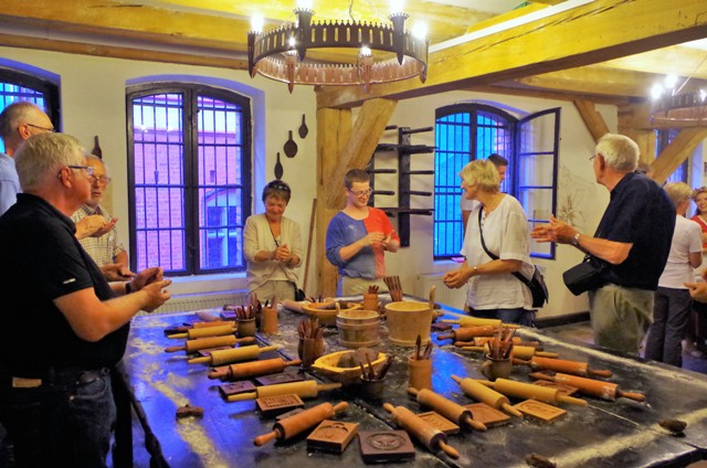 Torun pepperkakers baking håndverks verksteder. Pakkereiser til Polen – Nikolaus Kopernikus tur – Hit The Road Travel