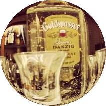 Goldwasser - vodka med små flak av gull. Temareiser til Polen – Hit The Road Travel