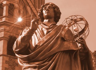 Statue av Nikolaus Kopernikus i Torun. Tur til Polen – Hit The Road Travel