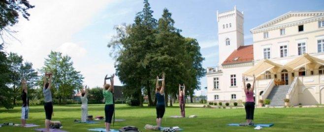 Yoga på Wieniawa slott