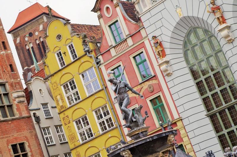 Neptun-fontenen ved Kongeveien. Konferanser på ferjene fra Karlskrona til Gdynia – Hit The Road Travel