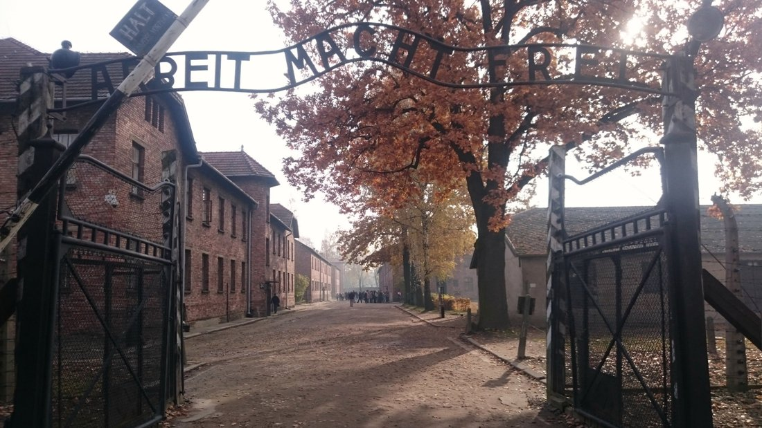 Museet Auschwitz-Birkenau i Oswiecim. Reise til Krakow. Hit The Road Travel