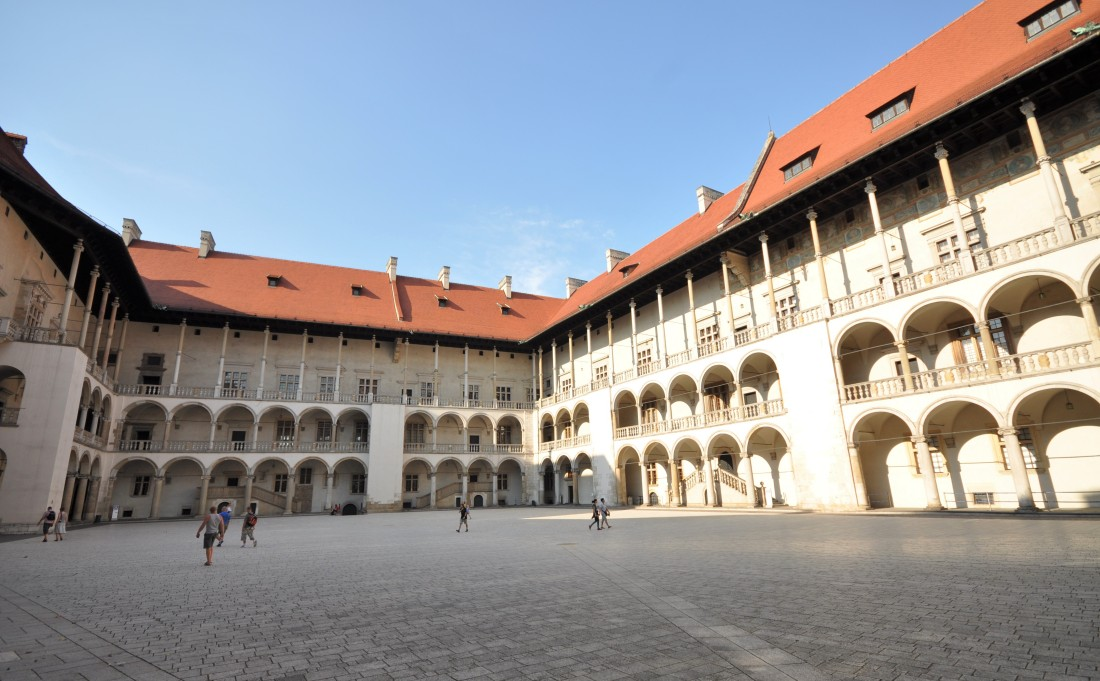 Kongeslottet på Wawel - Reise til Krakow - Hit The Road Travel